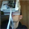 Шлем виртуальной реальности.